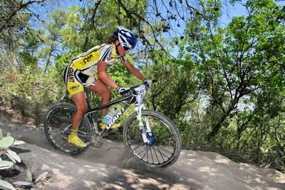נגה כורם נבחרת בקטגוריית אופניים לשנת 2010