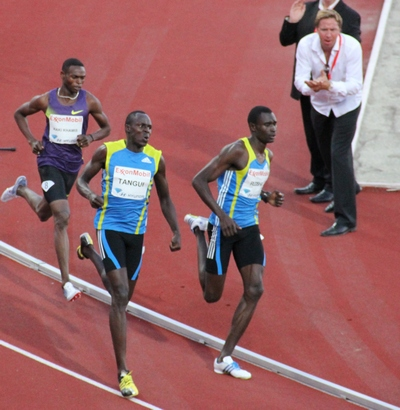 טכניקת ריצה מהירה - רודישה בדרך לשיא עולמי ב- 800 מטר